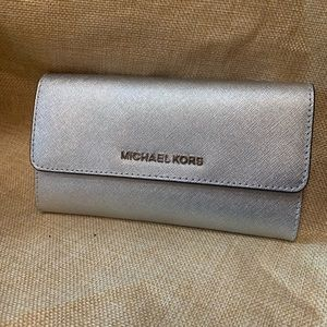 Michale Kors silver wallet